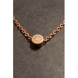 Chaine filigrane or rose avec pendentif rond etoile 9 branches